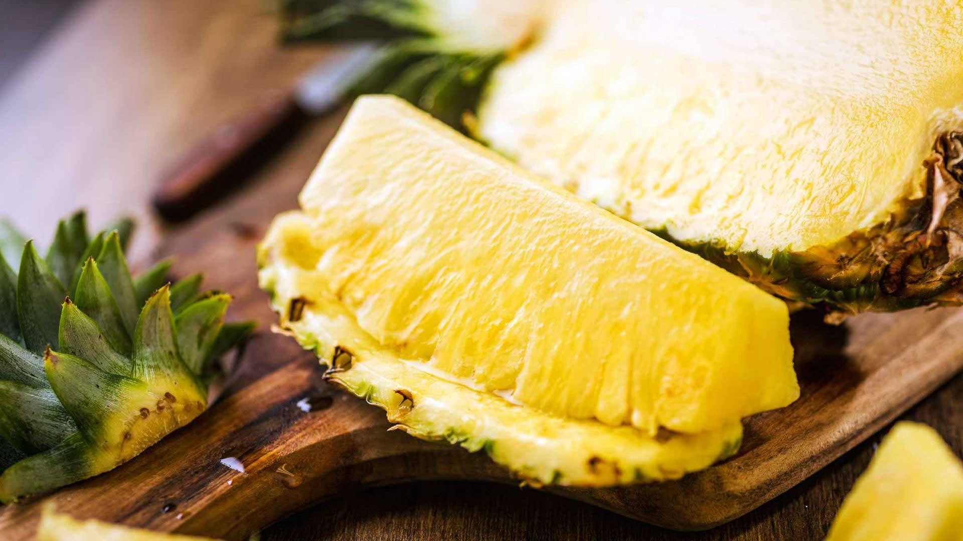 اسانس طعم دهنده آناناس